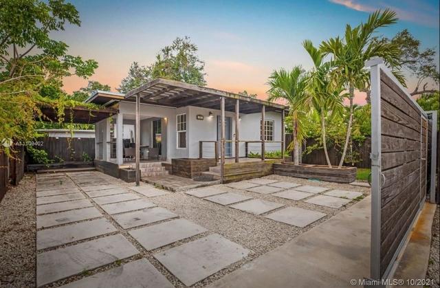 3 Bedrooms, Geneva Gardens Rental in Miami, FL for $5,200 - Photo 1