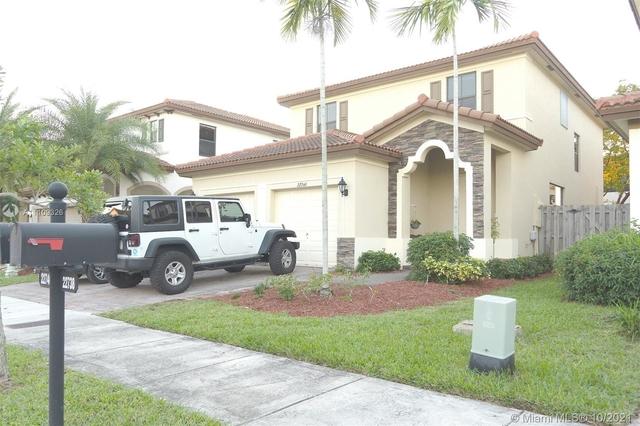 4 Bedrooms, Cutler Bay Rental in Miami, FL for $3,500 - Photo 1