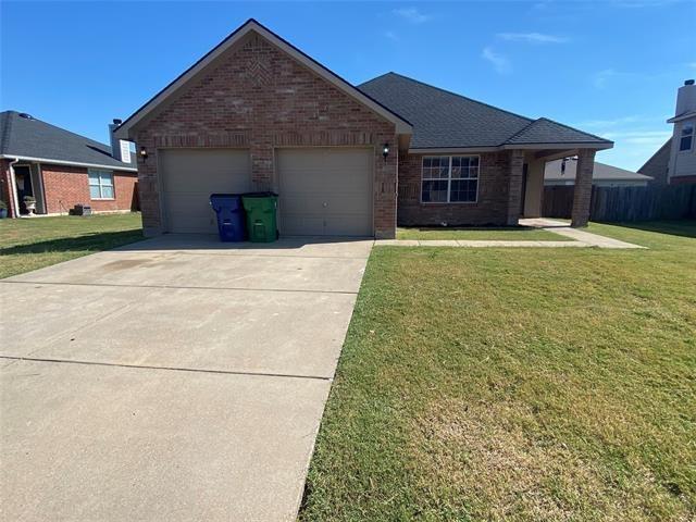 3 Bedrooms, Waxahachie Rental in Dallas for $2,000 - Photo 1