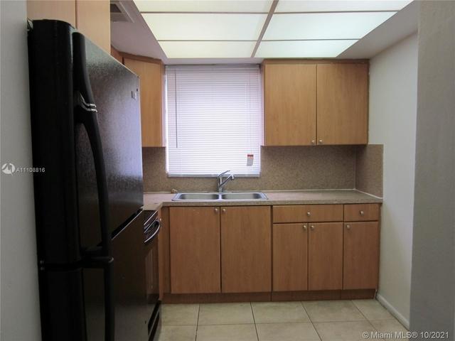 2 Bedrooms, Glenvar Heights Rental in Miami, FL for $2,000 - Photo 1