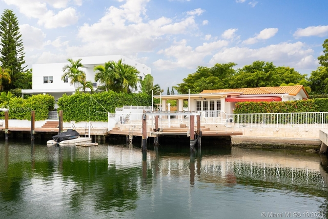 3 Bedrooms, Keystone Point Rental in Miami, FL for $8,500 - Photo 1