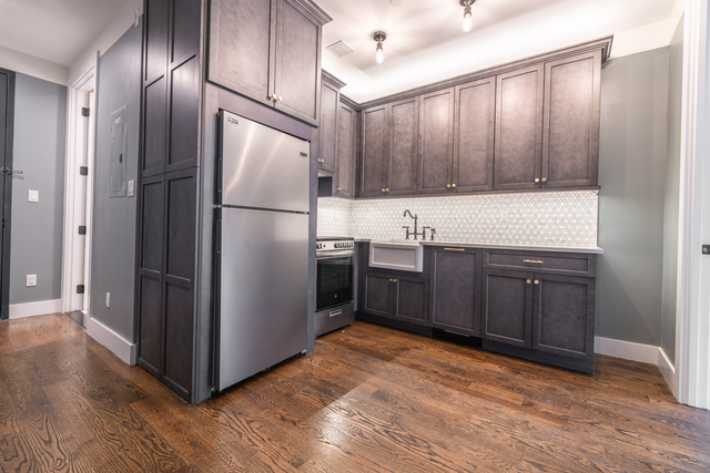 3 Bedrooms, Williamsburg Rental in NYC for $8,300 - Photo 1