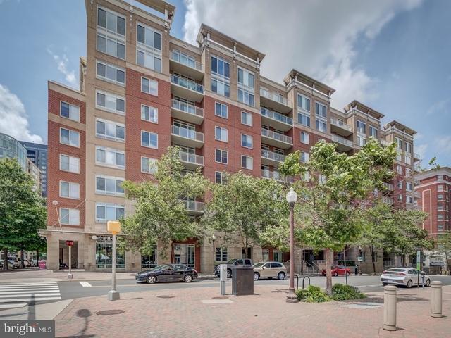 2 Bedrooms, Ballston - Virginia Square Rental in Washington, DC for $3,100 - Photo 1