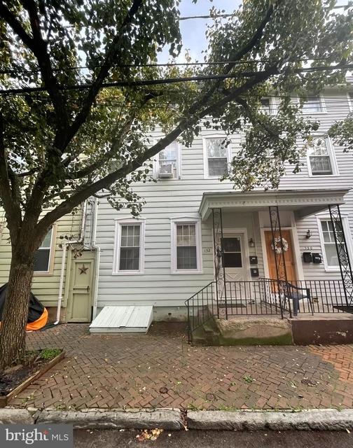 3 Bedrooms, Burlington Rental in Philadelphia, PA for $1,850 - Photo 1