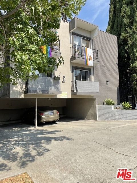 2 Bedrooms, Mid-City West Rental in Los Angeles, CA for $3,400 - Photo 1