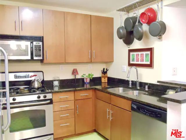 2 Bedrooms, Playa del Rey Rental in Los Angeles, CA for $4,950 - Photo 1