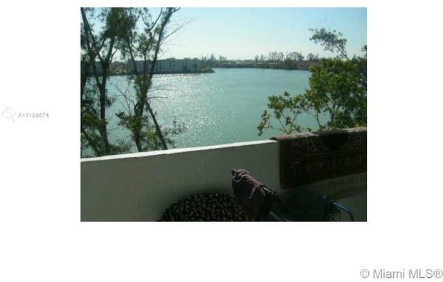 2 Bedrooms, Hialeah Gardens Rental in Miami, FL for $1,750 - Photo 1