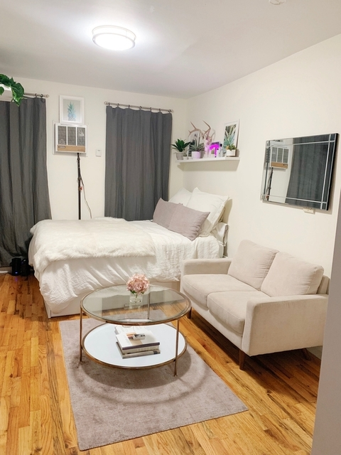 Studio, East Village Rental in NYC for $2,299 - Photo 1