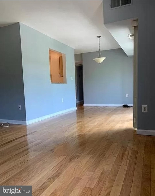 2 Bedrooms, Aspen Hill Rental in Washington, DC for $1,750 - Photo 1
