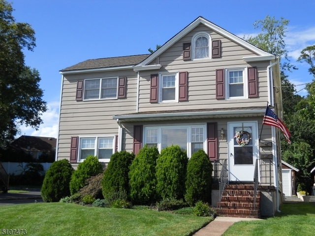 2 Bedrooms, Union Rental in  for $1,850 - Photo 1
