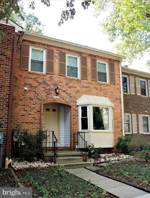 3 Bedrooms, Potomac Rental in Washington, DC for $3,500 - Photo 1