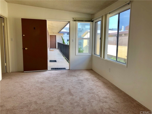 2 Bedrooms, South Redondo Beach Rental in Los Angeles, CA for $2,100 - Photo 1