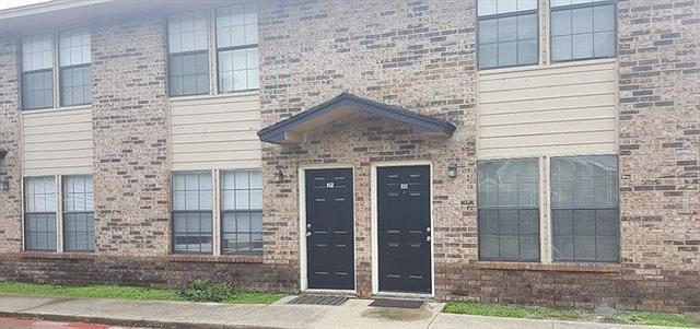 2 Bedrooms, Heart of Arlington Rental in Dallas for $1,095 - Photo 1