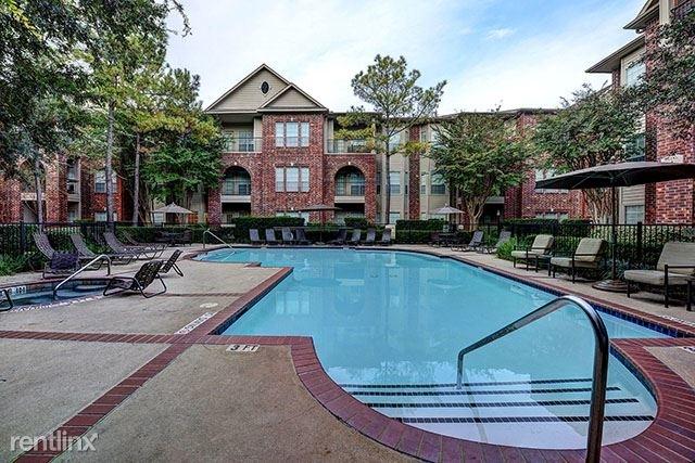 3 Bedrooms, Uptown-Galleria Rental in Houston for $2,045 - Photo 1