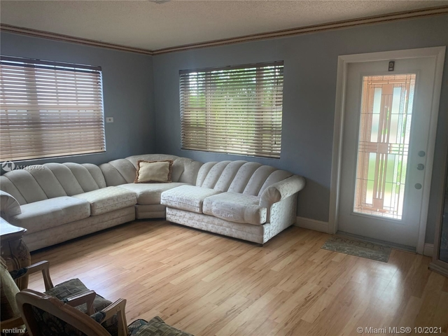 2 Bedrooms, Olympic Heights Rental in Miami, FL for $2,200 - Photo 1