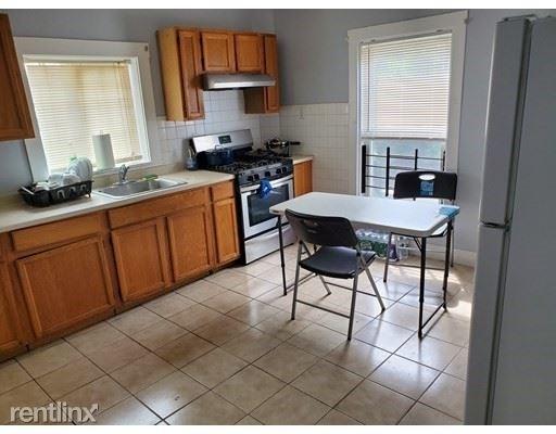 3 Bedrooms, Brockton Rental in  for $2,050 - Photo 1
