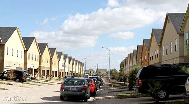 4 Bedrooms, Finlaywest Oaks Rental in Houston for $1,932 - Photo 1