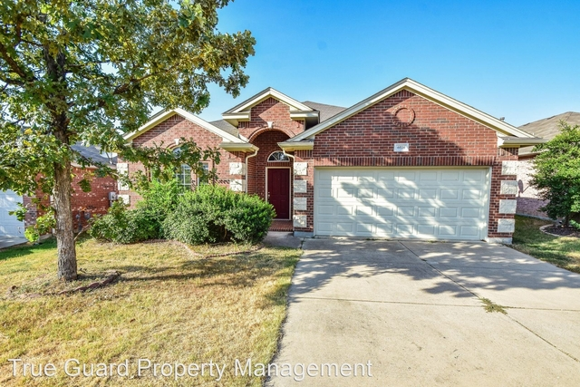 3 Bedrooms, Marine Creek Ranch Rental in Dallas for $1,865 - Photo 1
