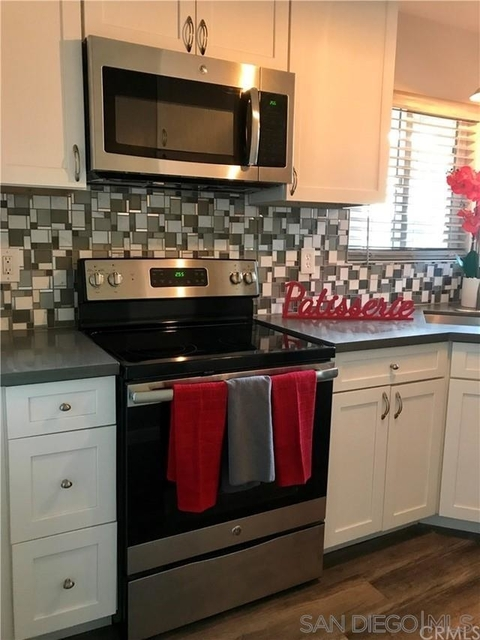 1 Bedroom, West Village Rental in Los Angeles, CA for $1,800 - Photo 1