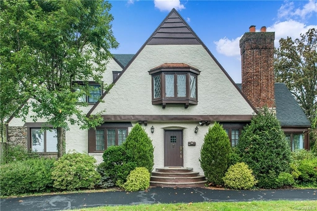 5 Bedrooms, Mamaroneck Rental in Harrison, NY for $10,500 - Photo 1