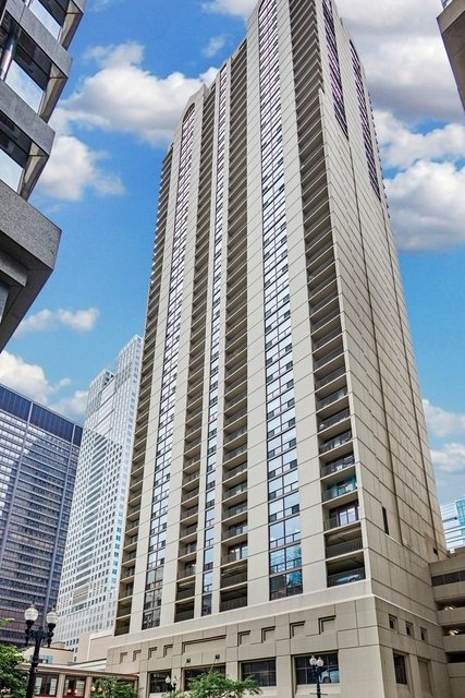 3 Bedrooms, The Loop Rental in Chicago, IL for $15,000 - Photo 1
