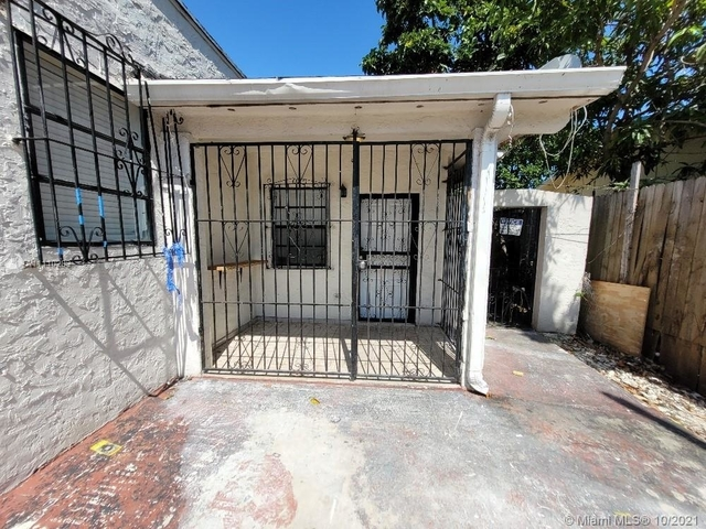 2 Bedrooms, Pinewood Park Rental in Miami, FL for $1,500 - Photo 1