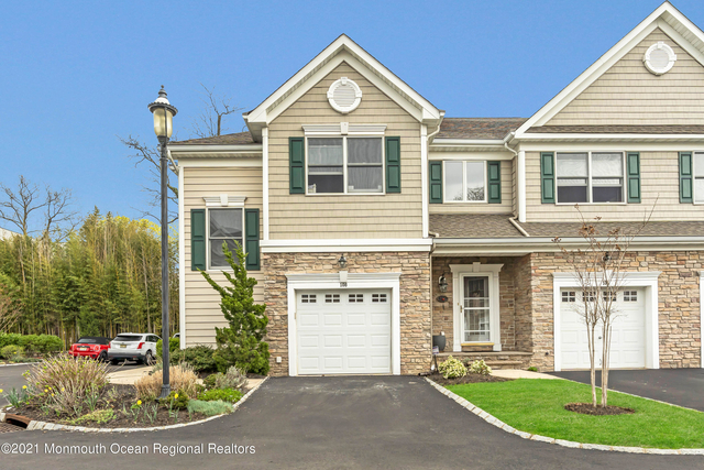 3 Bedrooms, Red Bank Rental in North Jersey Shore, NJ for $3,800 - Photo 1