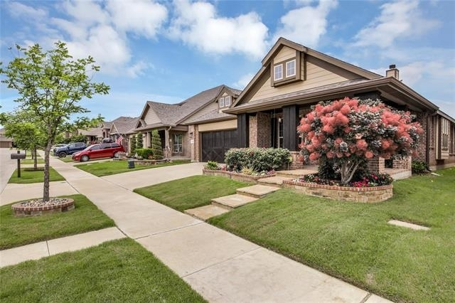 3 Bedrooms, Justin-Roanoke Rental in Denton-Lewisville, TX for $4,000 - Photo 1