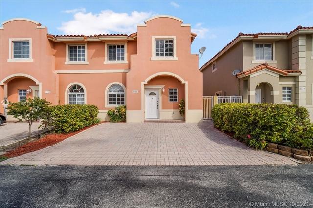 3 Bedrooms, Villas of Barcelona Rental in Miami, FL for $3,100 - Photo 1