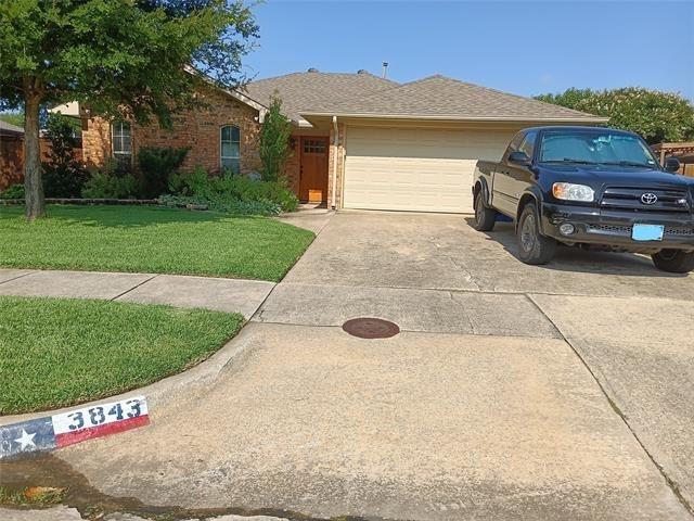 3 Bedrooms, Northeast Carrollton Rental in Dallas for $2,250 - Photo 1