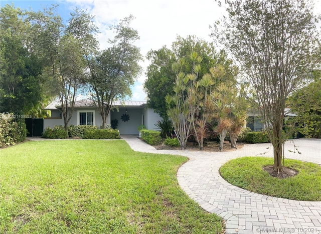 3 Bedrooms, Keystone Point Rental in Miami, FL for $10,500 - Photo 1