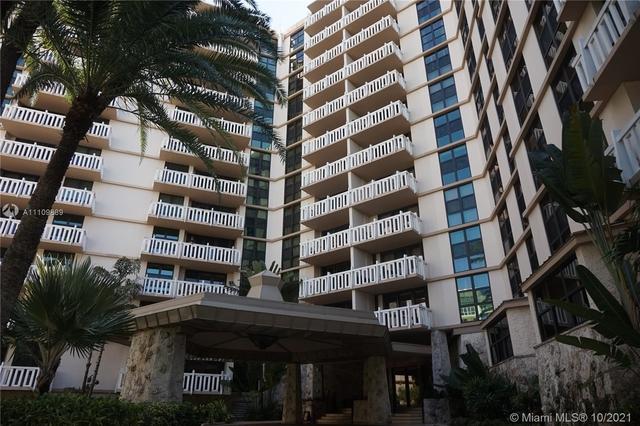 2 Bedrooms, Village of Key Biscayne Rental in Miami, FL for $8,000 - Photo 1