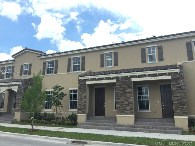 4 Bedrooms, Kendall Commons Rental in Miami, FL for $3,000 - Photo 1