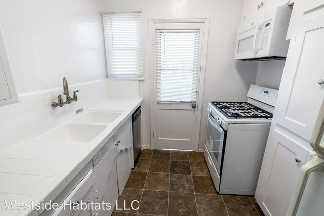 1 Bedroom, Beverly Hills Rental in Los Angeles, CA for $2,398 - Photo 1