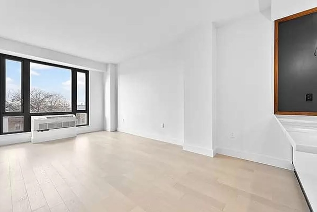 1 Bedroom, Greenwood Heights Rental in NYC for $3,404 - Photo 1