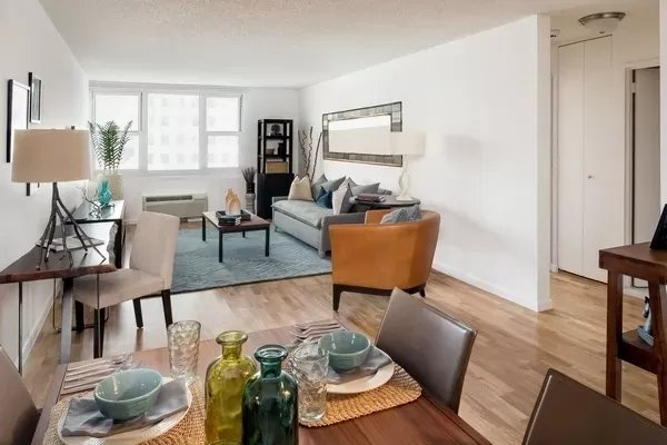 3 Bedrooms, Financial District Rental in NYC for $4,295 - Photo 1