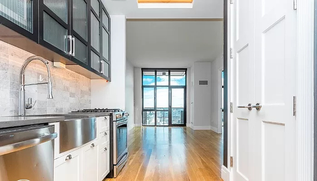 1 Bedroom, Long Island City Rental in NYC for $3,183 - Photo 1