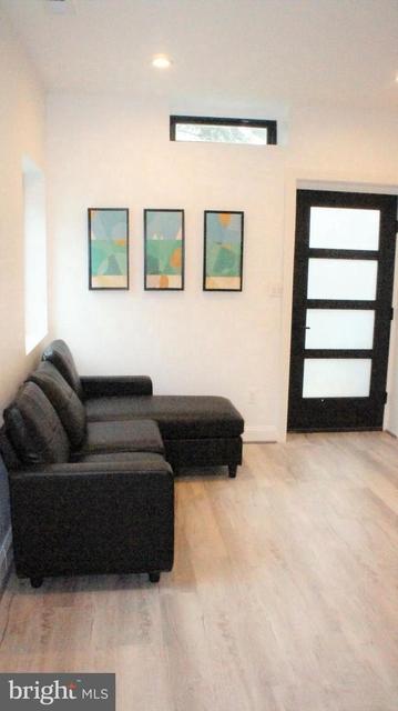 2 Bedrooms, Douglas Park Rental in Washington, DC for $1,700 - Photo 1