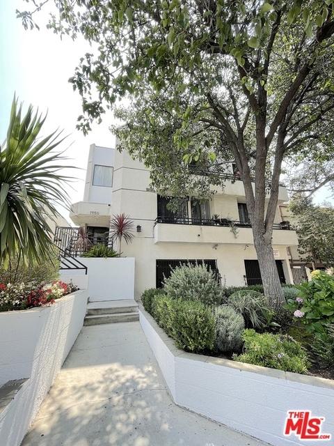 2 Bedrooms, Los Feliz Rental in Los Angeles, CA for $2,795 - Photo 1