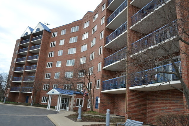 2 Bedrooms, Niles Rental in Chicago, IL for $1,995 - Photo 1