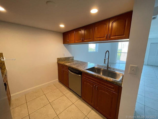2 Bedrooms, Coral Way Rental in Miami, FL for $2,195 - Photo 1