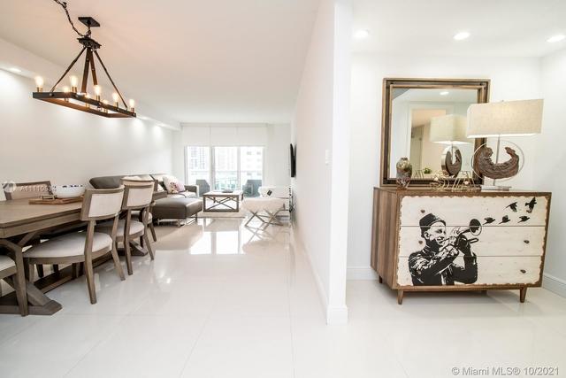 2 Bedrooms, Golden Shores Ocean Boulevard Estates Rental in Miami, FL for $5,000 - Photo 1