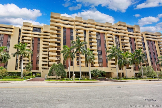 2 Bedrooms, Coral Gables Rental in Miami, FL for $4,300 - Photo 1