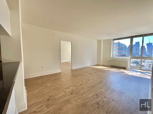 2 Bedrooms, Hunters Point Rental in NYC for $4,551 - Photo 1