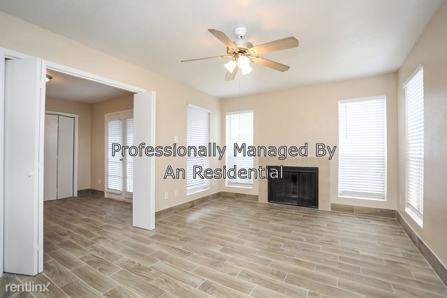 2 Bedrooms, Fall Lake Apts Rental in Houston for $920 - Photo 1