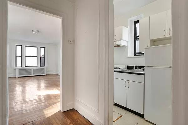 1 Bedroom, Midtown East Rental in NYC for $3,200 - Photo 1