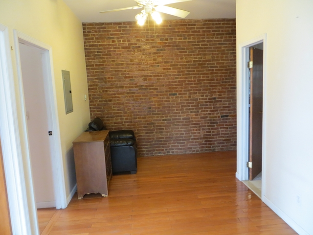 3 Bedrooms, North Slope Rental in NYC for $3,400 - Photo 1