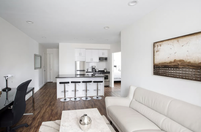 2 Bedrooms, Chelsea Rental in NYC for $5,097 - Photo 1