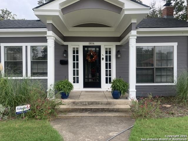 2 Bedrooms, Jefferson Rental in San Antonio, TX for $1,850 - Photo 1