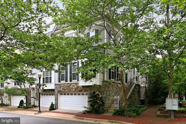 3 Bedrooms, Cameron Station Rental in Washington, DC for $3,775 - Photo 1